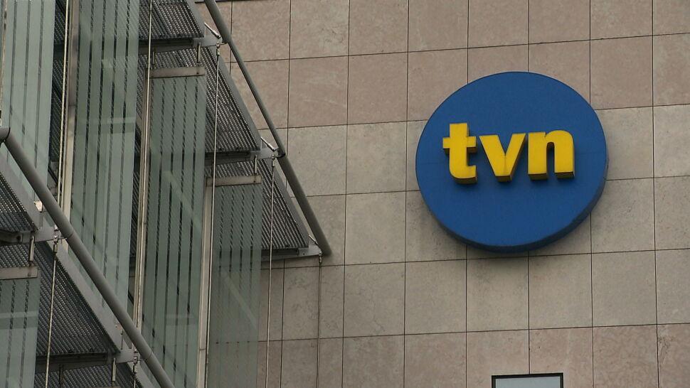 """W obronie TVN głos zabrali sędziowie i adwokaci. """"Nie wolno nam zachować milczenia"""""""
