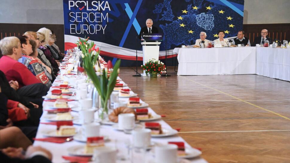 """""""Zabiorą to, co myśmy dali"""". Przemówienie Kaczyńskiego w kampanii"""
