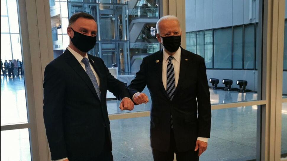 Joe Biden na szczycie NATO znalazł jednak chwilę dla Andrzeja Dudy