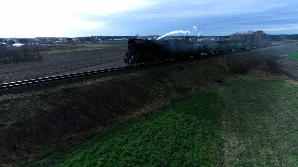 Parowozy wracają na tory w Wielkopolsce. Składy elektryczne wymagają remontu