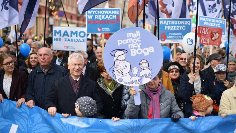 Ulicami Warszawy przeszedł Narodowy Marsz Życia