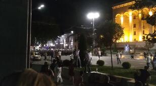 Gumowe kule, gaz łzawiący, kamienie. Reporterzy 24 w centrum zamieszek w Tbilisi