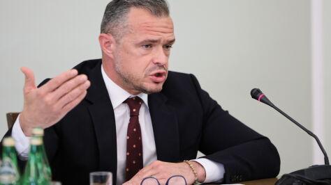 Nowak: nie podejmowałem decyzji legislacyjnych