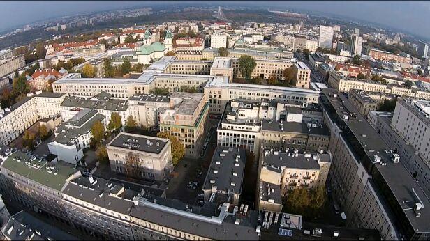 Adwokat usłyszał zarzuty związane z reprywatyzacją w stolicy archiwum TVN