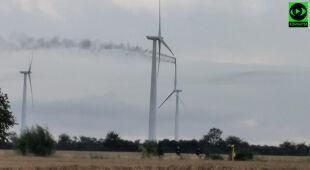 Piorun uderzył w turbinę