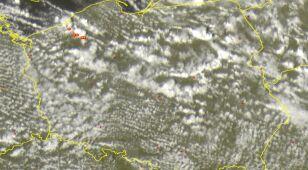 Chmury kłębią się nad Polską. Sprawdź, gdzie jest burza