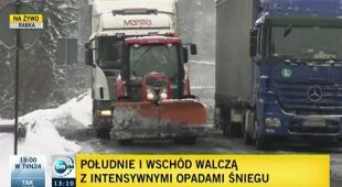 Bohaterski traktor na Zbójeckiej Górze (TVN24)